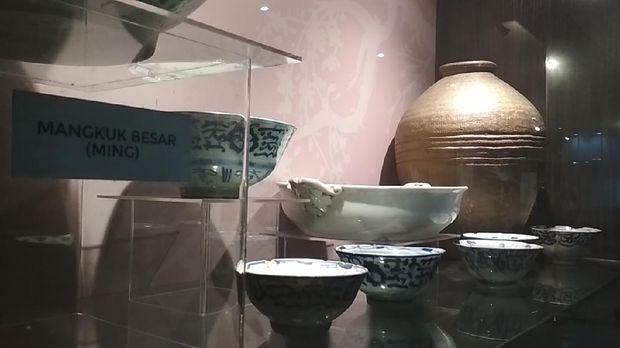 Koleksi Keramik Peninggalan Putri Ong Tien