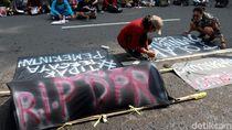Keranda Mayat di Depan Gedung Merdeka Bandung