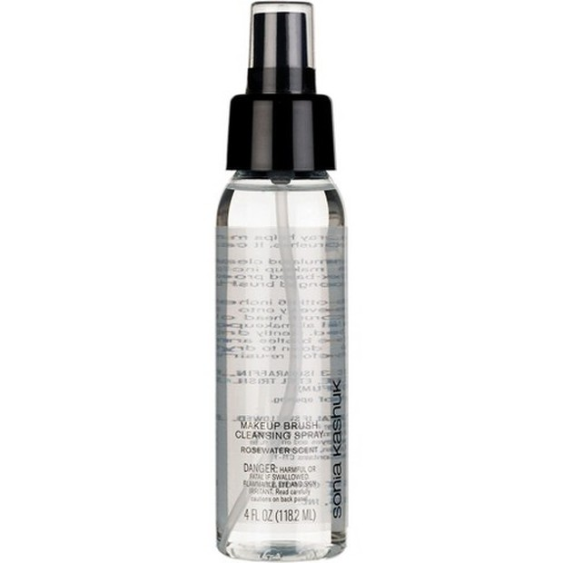makeup cleaner spray yang travel friendly