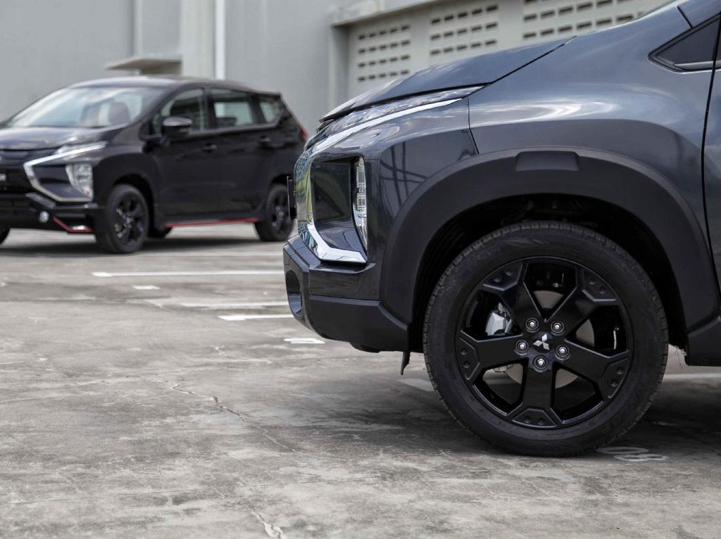 Mitsubishi Xpander dan Xpander Cross Edisi Spesial Dirilis, Usung Nuansa Serba Hitam