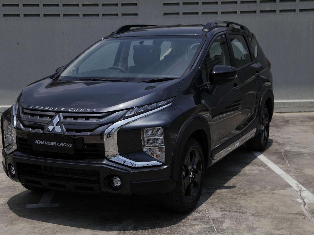 Gaharnya Mitsubishi Xpander Cross Rockford Fosgate Black Edition