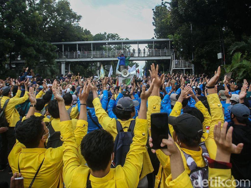 Dear Mahasiswa, Siapkan Ini Sebelum Demonstrasi di Jalan