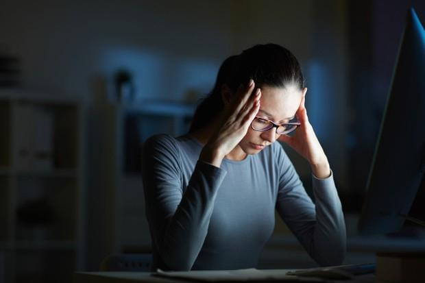 Stres rawan terjadi ketika WFH selama pandemi COVID-19.