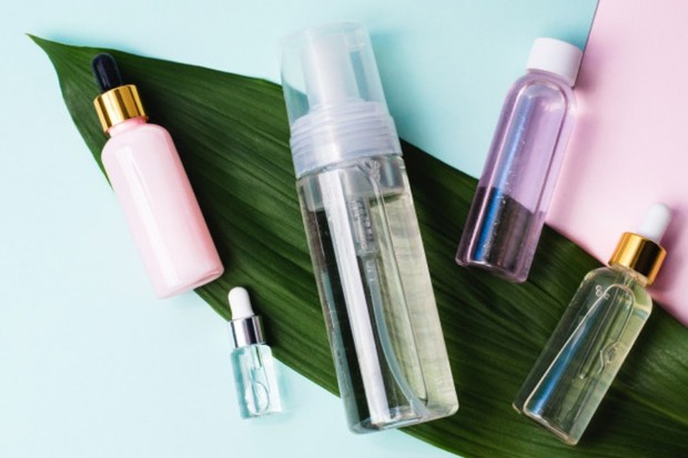 untuk menjaga kelembapan wajah, coba produk skincare berbasis air
