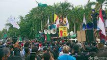 Walkot Cilegon Surati Jokowi Teruskan Suara Buruh Terbitkan Perppu Ciptaker