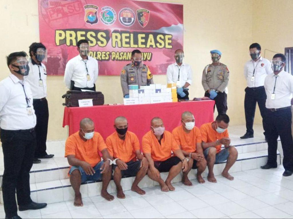 Curi HP Senilai Rp 130 Juta dari Konter, 5 Pria di Sulbar Ditangkap