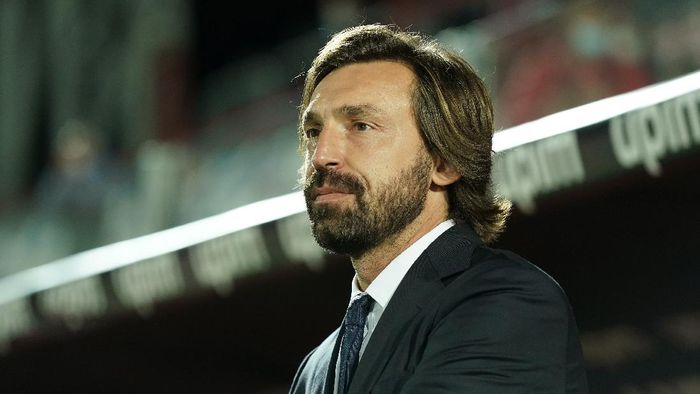 CROTONE, ITALY - OCTOBER 17: head coach of Juventus Andrea Pirlo looks on during the Serie A match between FC Crotone and Juventus at Stadio Comunale Ezio Scida on October 17, 2020 in Crotone, Italy. (Photo by Getty Images/Getty Images)