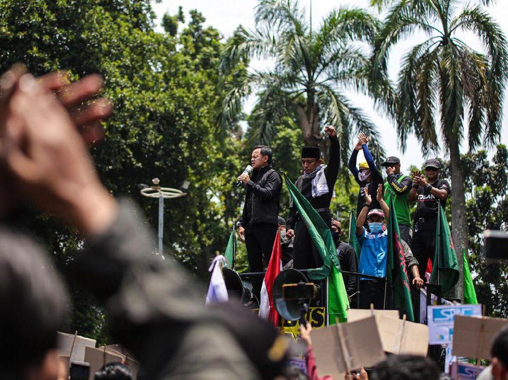 Bima Arya Janji Sampaikan Aspirasi Buruh soal Omnibus Law ke Jokowi
