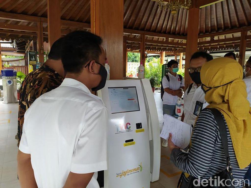Akhir Tahun, Tidak Ada Lagi Tiket Tunai di Candi Borobudur cs