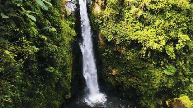 Waterfall - Curug Kedung Kayang in Magelang city