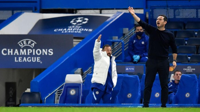 LONDON, ENGLAND - OCTOBER 20: Frank Lampard, Manager of Chelsea reacts during the UEFA Champions League Group E stage match between Chelsea FC and FC Sevilla at Stamford Bridge on October 20, 2020 in London, England. Sporting stadiums around the UK remain under strict restrictions due to the Coronavirus Pandemic as Government social distancing laws prohibit fans inside venues resulting in games being played behind closed doors. (Photo by Toby Melville - Pool/Getty Images)