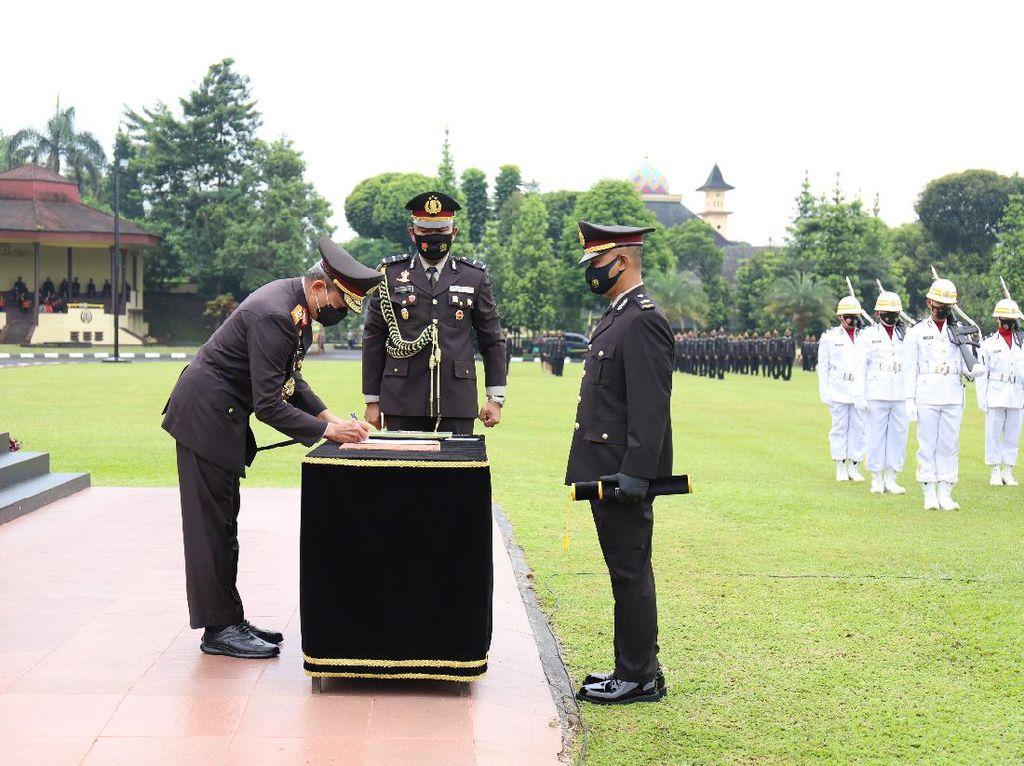 Pesan Kalemdiklat Polri Saat Lantik 2.923 Perwira dari Bintara