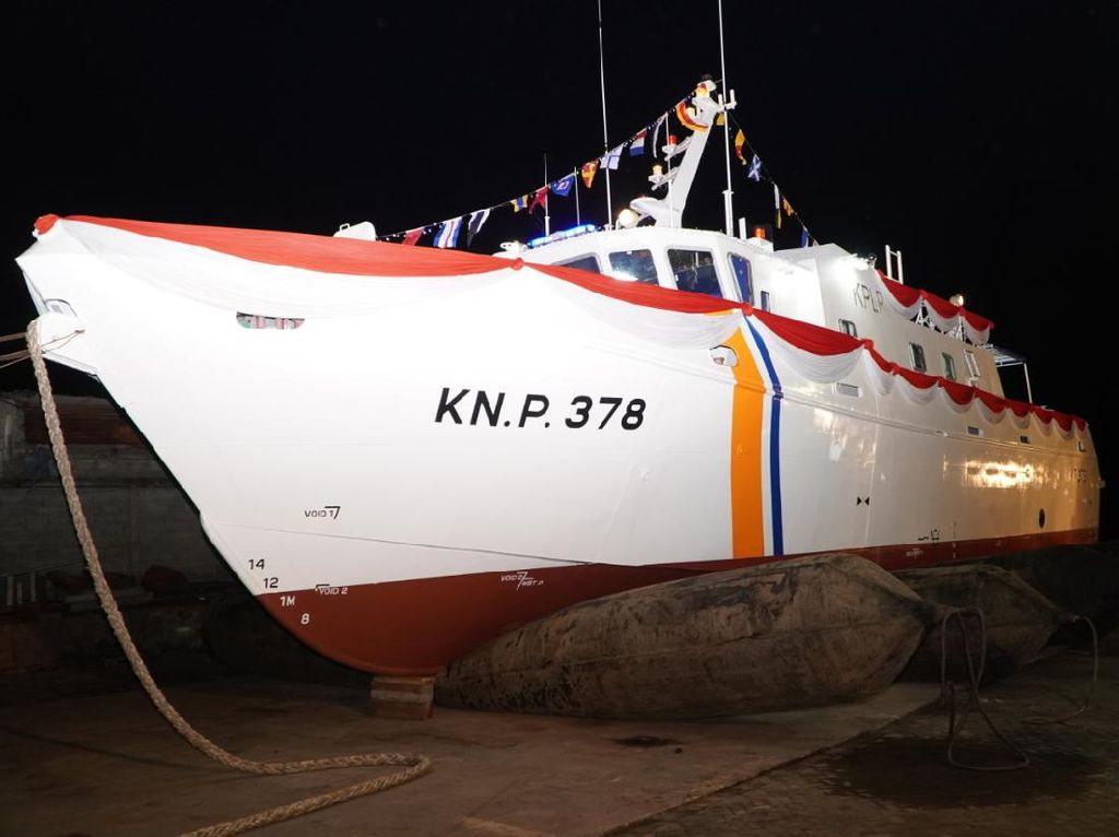 Kemenhub Luncurkan Kapal Patroli KNP 378 Produksi Dalam Negeri
