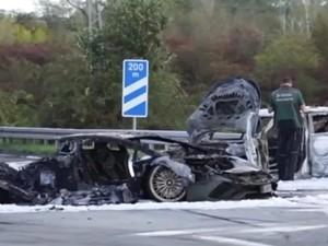 Brak! Selebgram Ini Balap Liar Pakai Lamborghini Berujung Terbakar