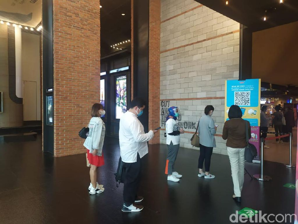 Hari Pertama Bioskop Buka di Jakarta, Rasa Kangen Penonton Terobati