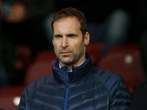 Chelsea Umumkan Skuad Liga Inggris, Ada Nama Petr Cech