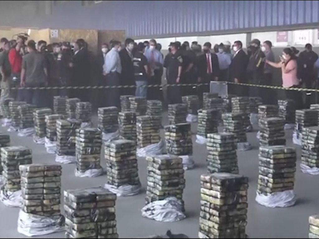 Dibungkus Kantong Arang, 2,3 Ton Kokain Terungkap di Paraguay