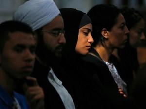 Serangan Teror di Paris Picu Diskusi Soal Islam di Prancis