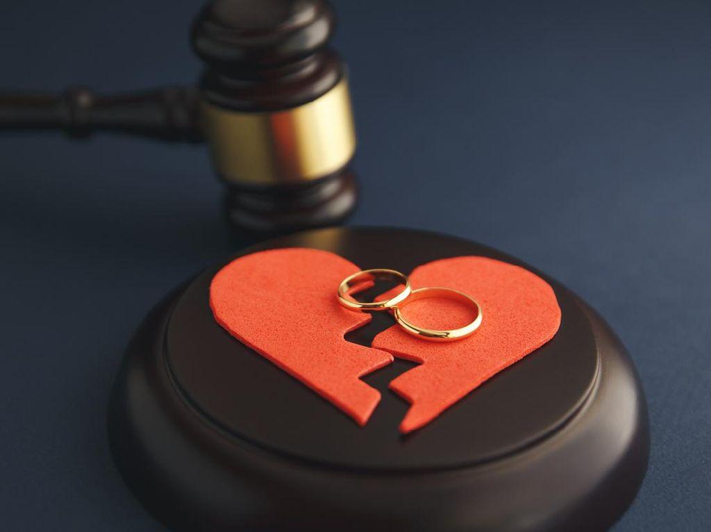 Apakah Boleh Melamar Wanita Lain Sebelum Ikrar Talak di Pengadilan?