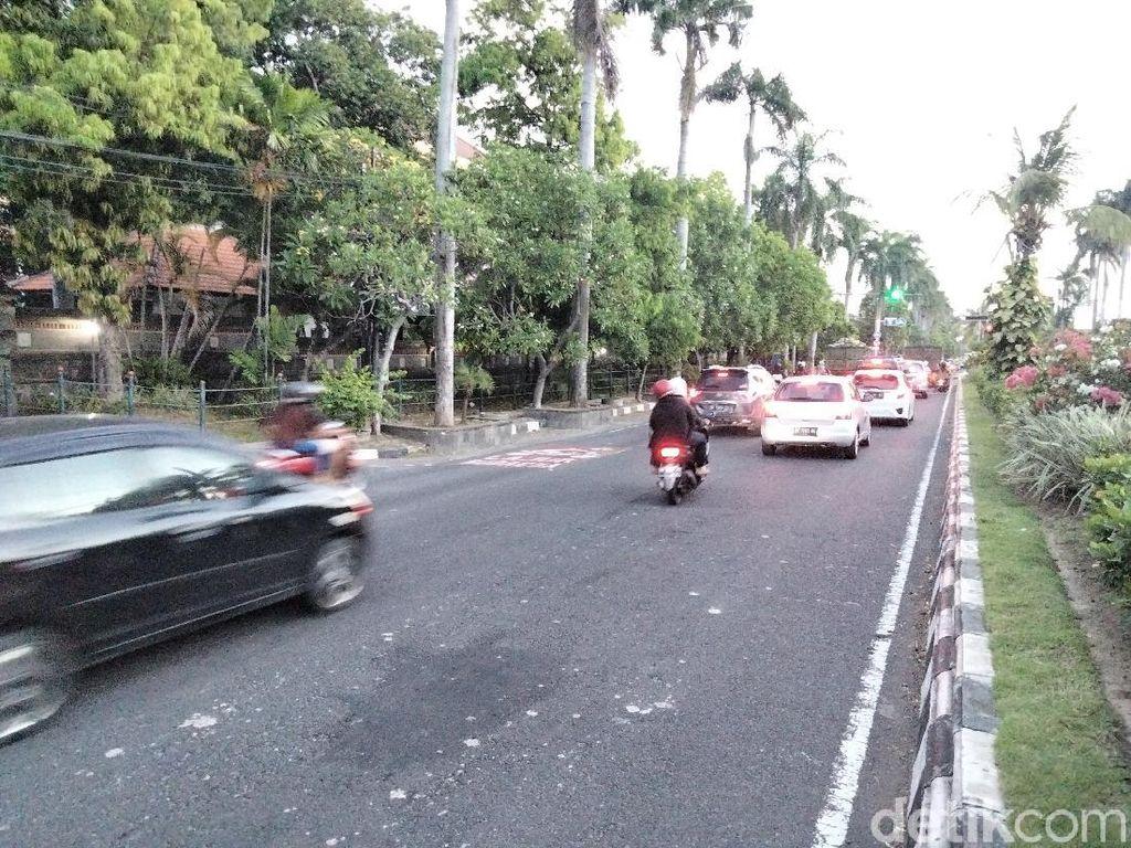 Demo Tolak Omnibus Law di Bali Bubar, Lalu Lintas Depan Unud Dibuka