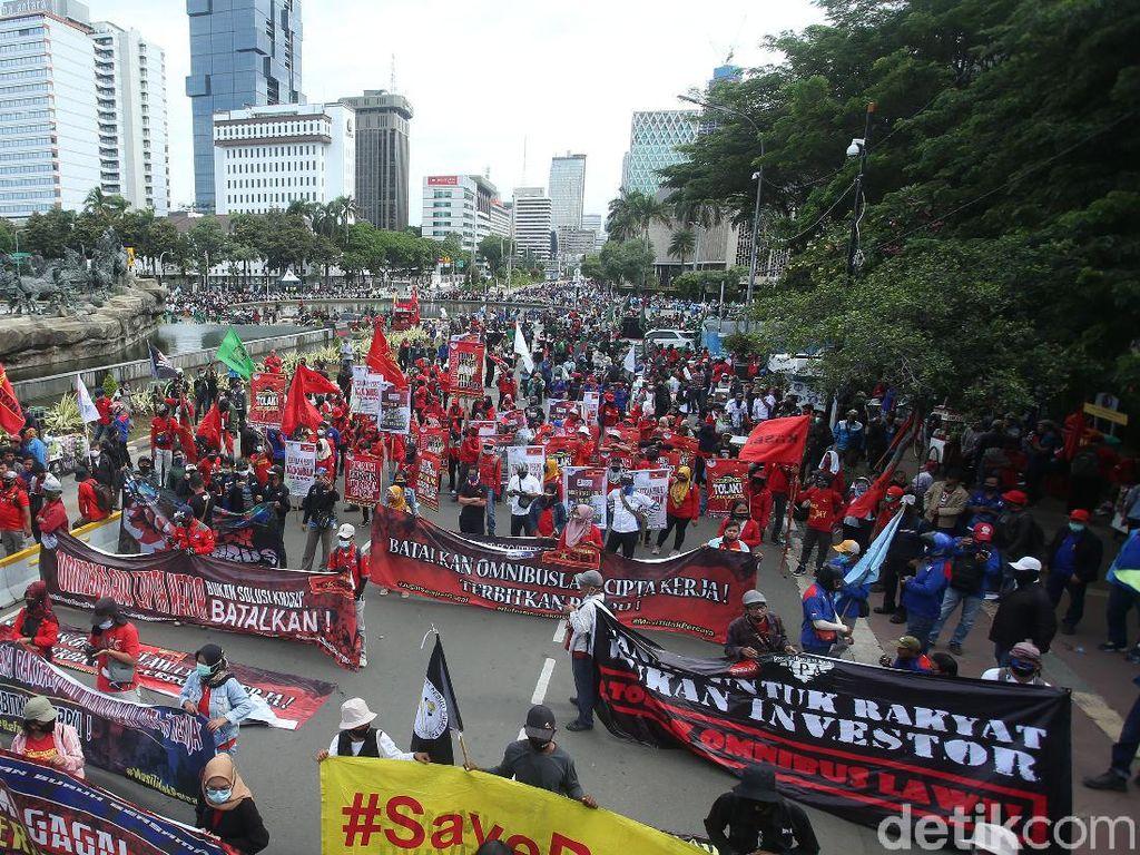 Video KSPI Bakal Demo Besar-besaran Jika Jokowi Teken UU Cipta Kerja