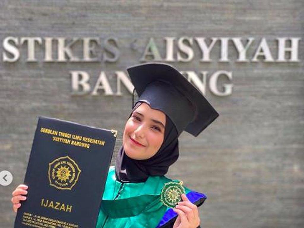 Nadya Mustika Unggah Foto Kaki Bayi, Netizen Heboh