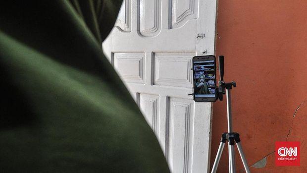 Pedagang Live Stream, Peluang Cuan di Tengah Keterbatasan Jarak