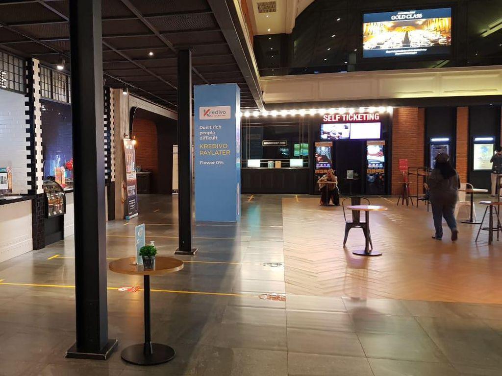 Potret Pintu Teater CGV yang Telah Dibuka