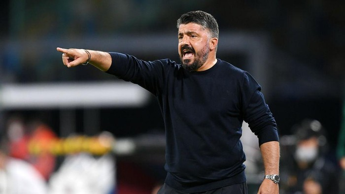 NAPLES, ITALY - OCTOBER 22: Gennaro Gattuso SSC Napoli coach gestures during the UEFA Europa League Group F stage match between SSC Napoli and AZ Alkmaar at Stadio San Paolo on October 22, 2020 in Naples, Italy. (Photo by Francesco Pecoraro/Getty Images)