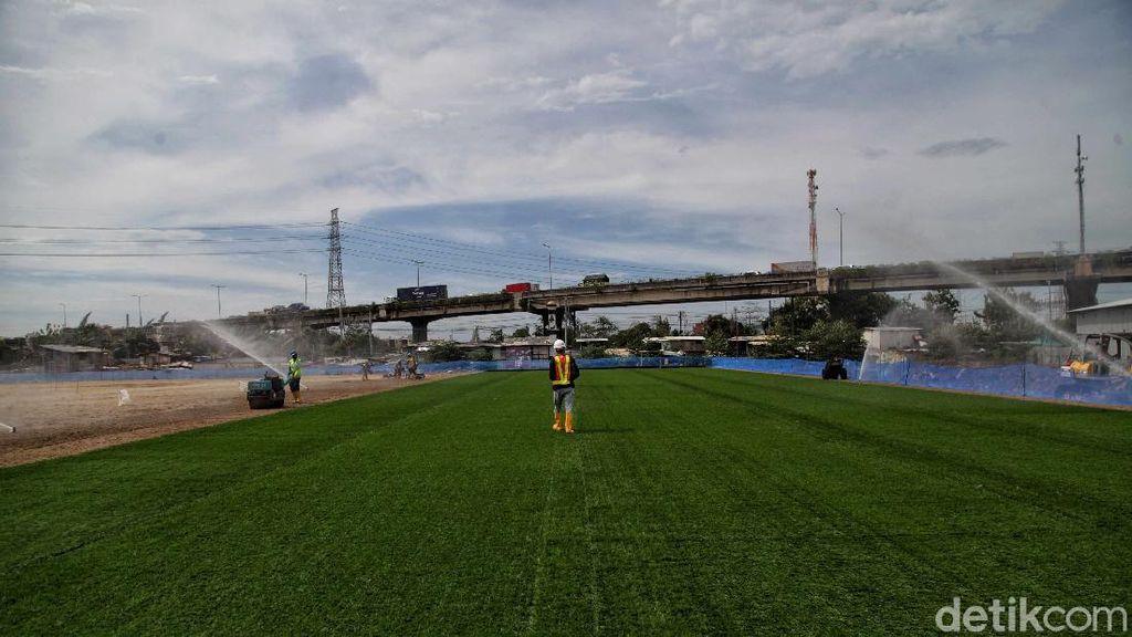 Keren! Rumput di Stadion JIS Ini Berstandar FIFA Lho