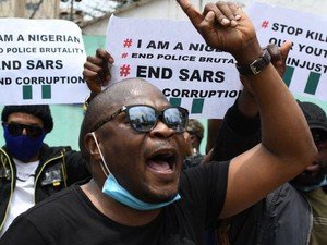Nigeria Diguncang Kerusuhan Berkepanjangan Akibat Kebrutalan Polisi