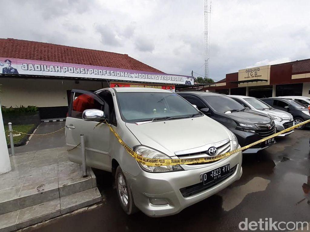 Tiga Warga Bandung Barat Diciduk Gegara Gelapkan 24 Unit Mobil Rental