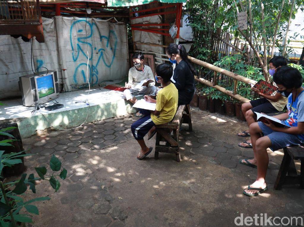 Pengamat Pendidikan Kritisi TV Bandung 132 Program PJJ Pemkot