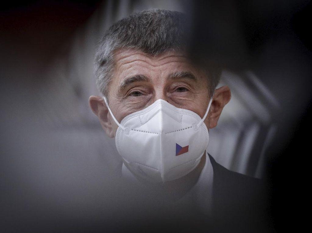 Dilanda Gelombang Kedua Corona, PM Ceko Minta Maaf ke Rakyat