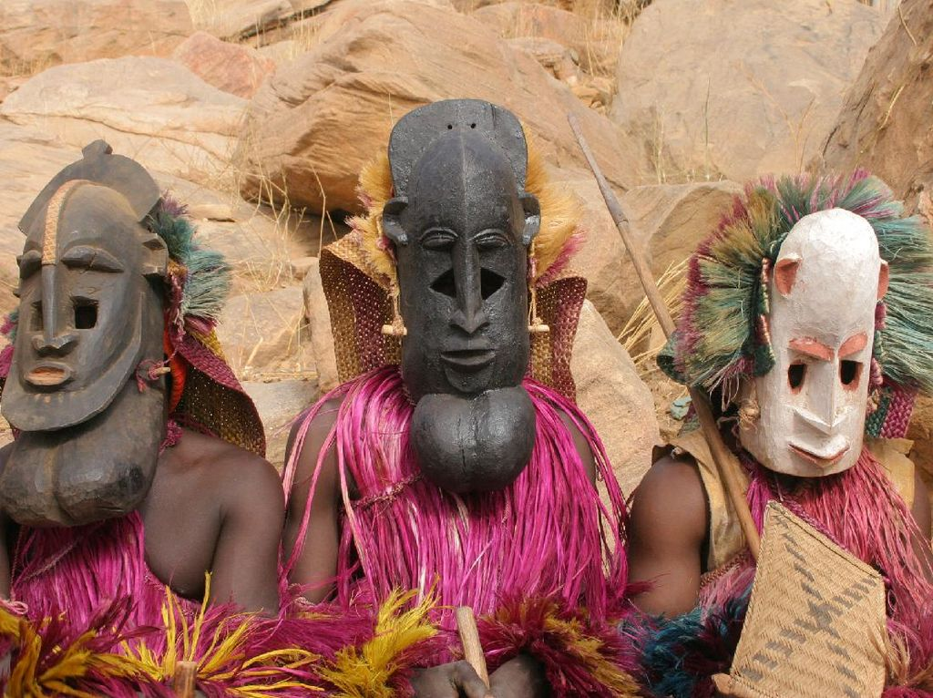 Dogon, Suku Bertopeng Misterius Penghuni Gurun Sahara