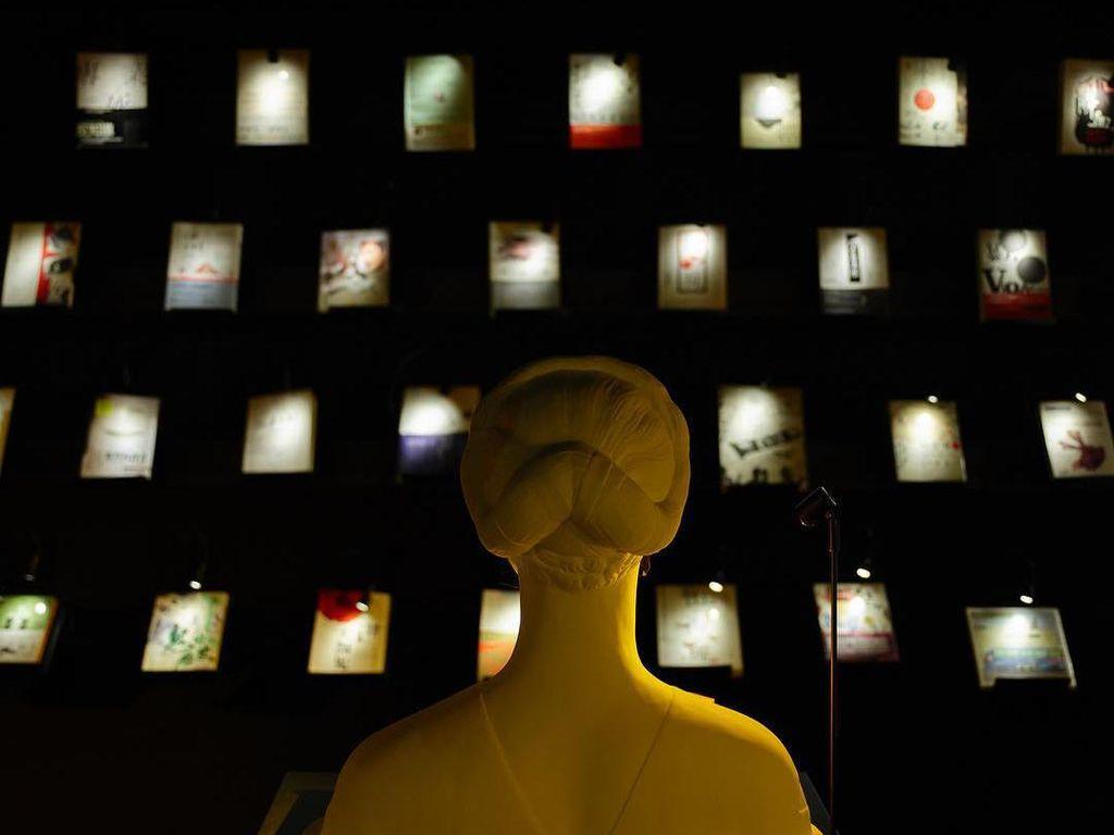 Foto: Toko Buku Remang-Remang di Taiwan