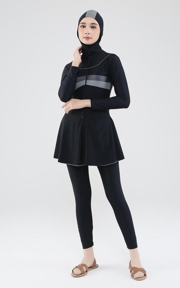 Outfit olahraga wanita berhijab Zahira Swimwear 2/Hijup.com