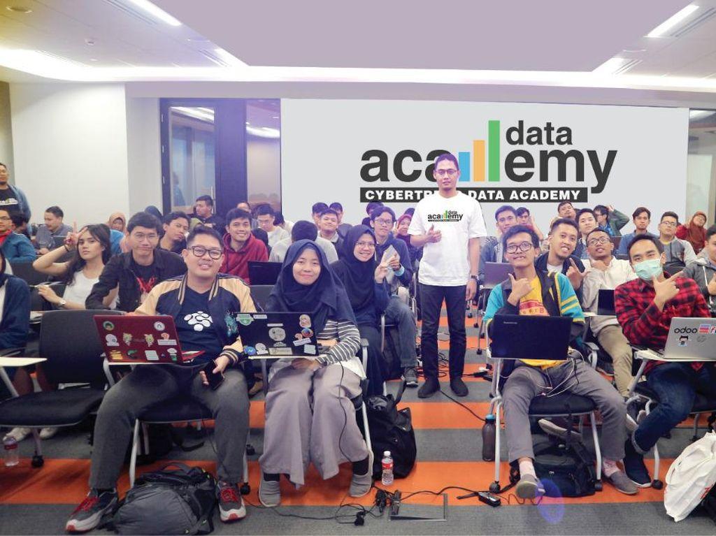 Dicari: Tenaga Terampil Data Analytics di Indonesia