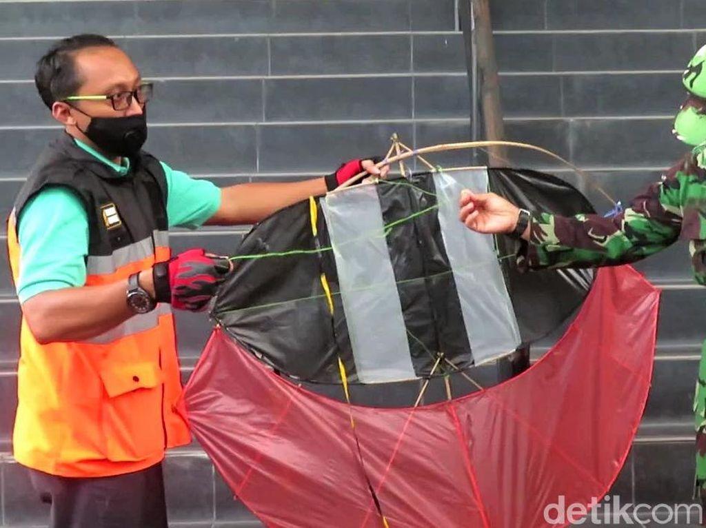 Layangan Nyangkut pada Ban Pesawat Citilink di Yogya, Begini Laporan Pilot