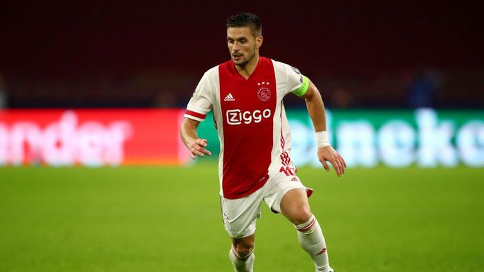 AMSTERDAM, NETHERLANDS - OCTOBER 21:  Dusan Tadic of Ajax in action during the UEFA Champions League Group D stage match between Ajax Amsterdam and Liverpool FC at Johan Cruijff Arena on October 21, 2020 in Amsterdam, Netherlands. (Photo by Dean Mouhtaropoulos/Getty Images)