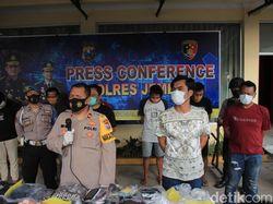 5 Perusuh dalam Demo Tolak Omnibus Law di Jember Ditangkap