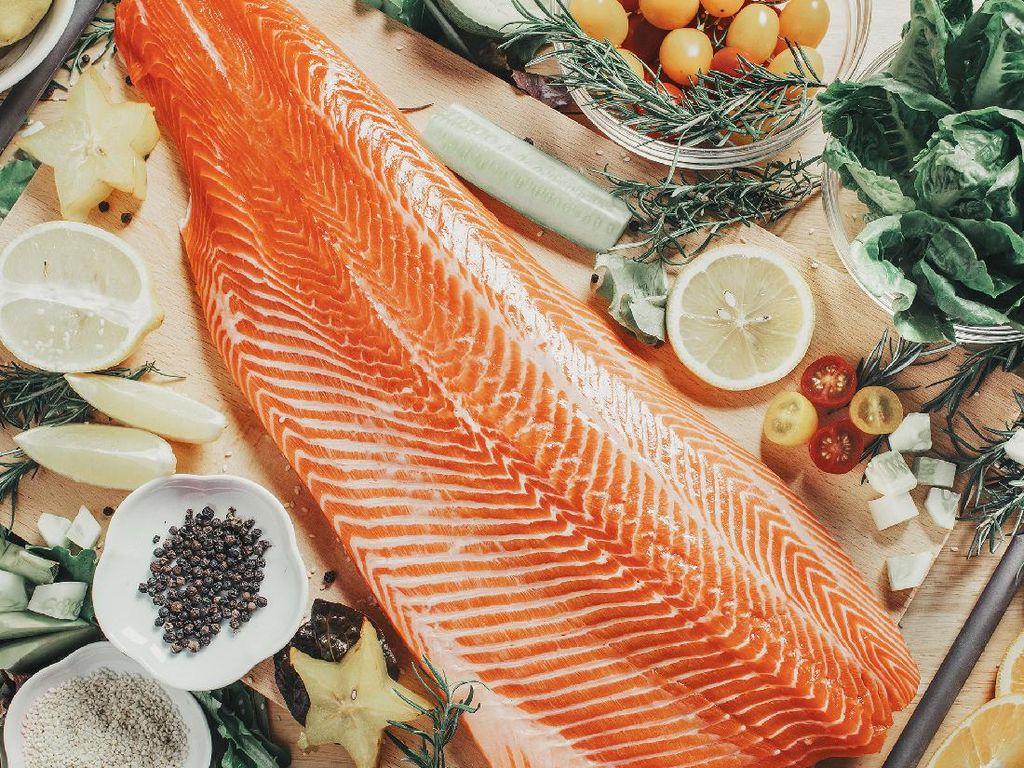 Keunggulan Salmon Norwegia, Fresh buat Jadi Sushi & Sashimi