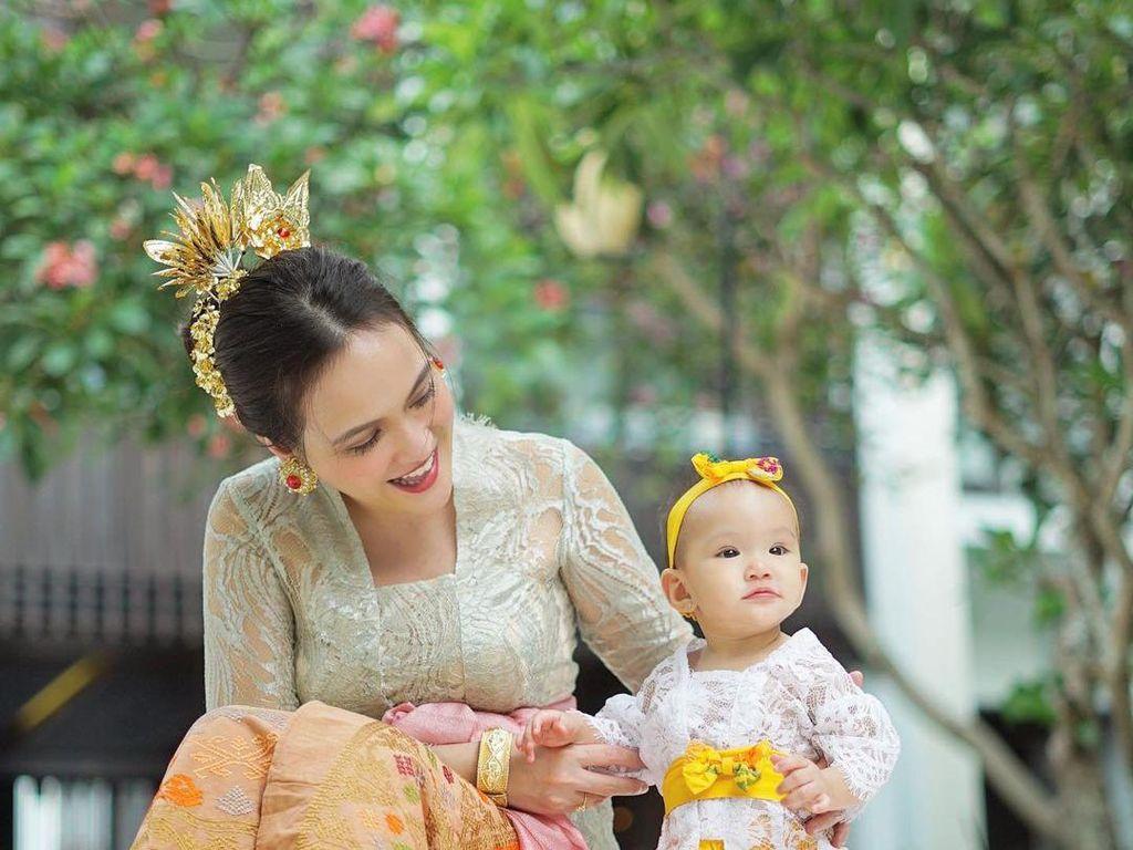 Unggah Foto Hari Pertama Anaknya Bersekolah, Shandy Aulia Panen Kritikan