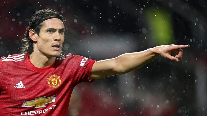Manchester Uniteds Edinson Cavani gestures during the English Premier League soccer match between Manchester United and Chelsea, at the Old Trafford stadium in Manchester, England, Saturday, Oct. 24, 2020. (Michael Regan/Pool via AP)