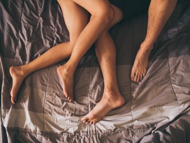 Ketika seorang wanita terangsang secara seksual, vagina secara sendirinya akan melumasi dirinya untuk bersiap menjalani penetrasi.