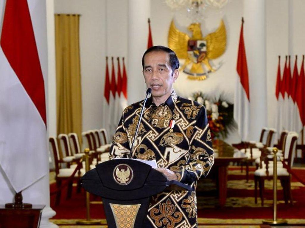 Jokowi Tugasi Erick Thohir Berantas Hoax Vaksin COVID-19