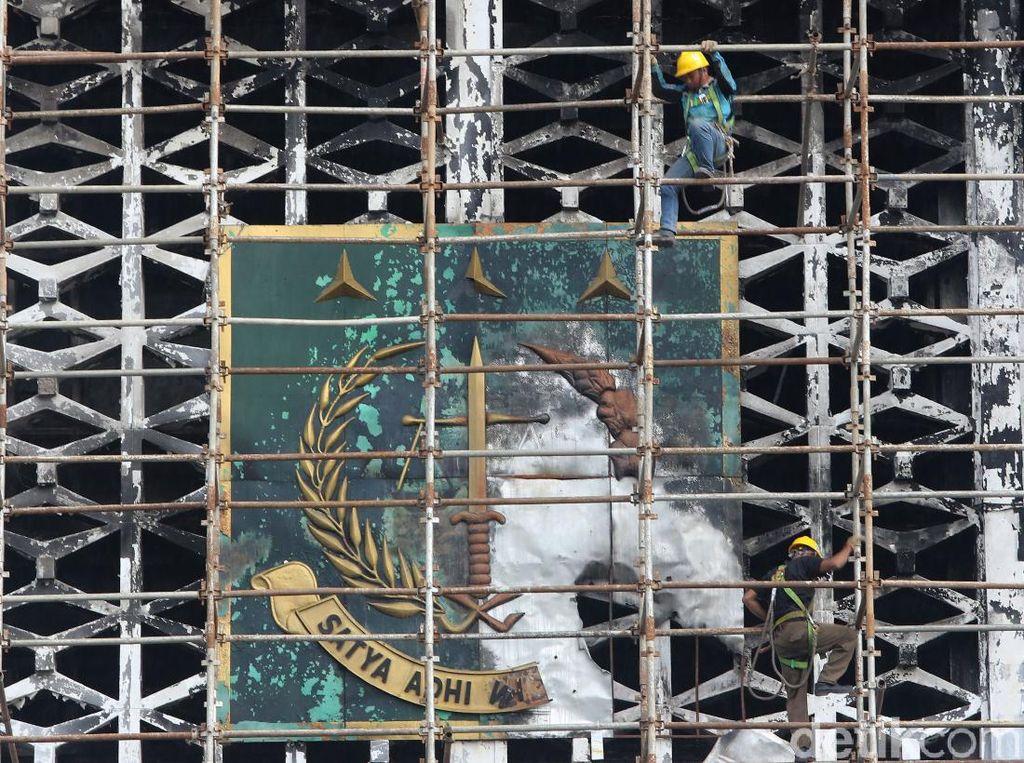 Dijamin Atasan, Pejabat Kejagung Tersangka Kebakaran Gedung Tak Ditahan