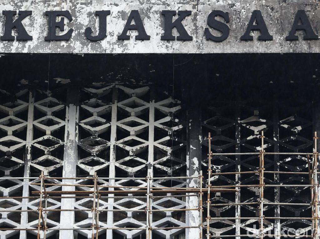 Di Tuntutan, Jaksa Yakin Kebakaran Kejagung Murni Gara-gara Rokok
