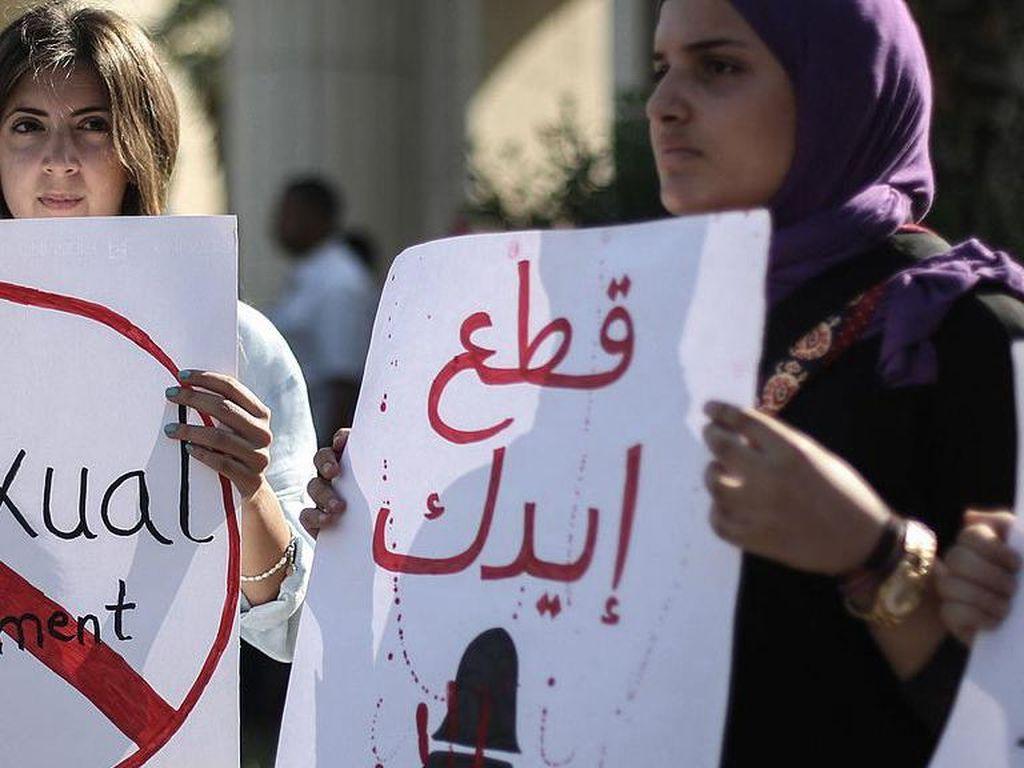 Kaum Perempuan Mesir yang Jadi Korban Kekerasan Seks Mulai Melawan Balik