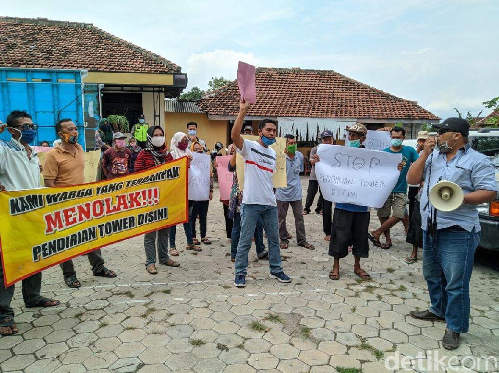 Khawatir Roboh, Pembangunan Tower Seluler di Ponorogo Diprotes